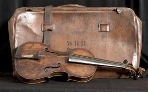 Titanic discovered Violin