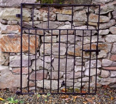 Entrance gate Joseph Bell Memorial